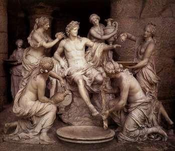 Аполлон и нимфы. Скульптура 17 века