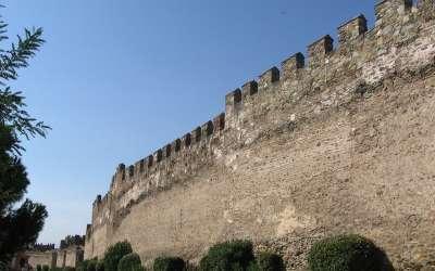 Древние византийские стены в Салониках