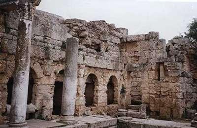 Пирене - источник воды в Акрокоринфе