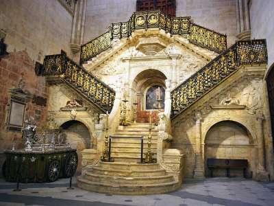 Золотая лестница в Бургосском соборе
