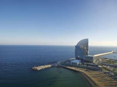 Отель W-Barcelona с пляжем