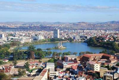 Lake_Anosy,_Central_Antananarivo,_Capital_of_Madagascar,_Photo_by_Sascha_Grabow
